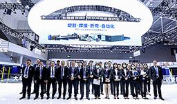 高标准突围丨宏山激光亮相2021深圳SIMM展